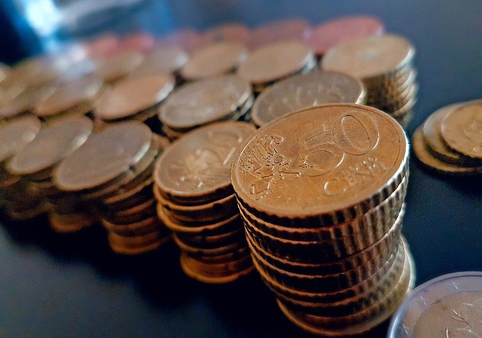 Comment épargner de l'argent intelligemment ?